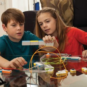 Children Building Circuits