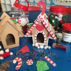 Christmas Craft Decorations With Gingerbread House